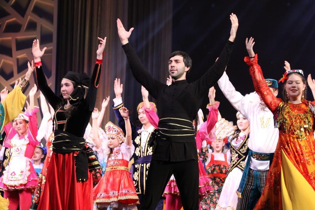 Гала-концерт фестиваля «Наш Дом — Татарстан». (04.11.17)